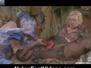 Betty&Veronica lecherous nylon feet movie scene