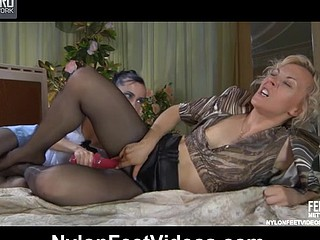 Betty&Veronica concupiscent nylon feet movie scene