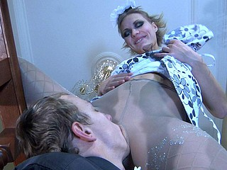 Doll-faced waitress giving head and widening their way pantyhosed legs for a hamper