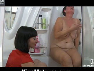 Meggy&Mireille lezzy nourisher on movie scene